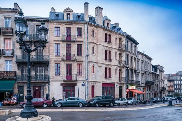 Quelles couleurs pour vos fenêtres, portes et volets à Bordeaux ?