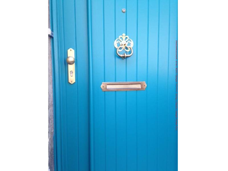 tryba fen tre bois angoul me porte d 39 entr e bleue. Black Bedroom Furniture Sets. Home Design Ideas