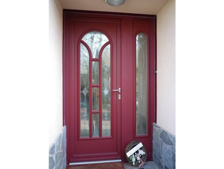 photos de porte d 39 entr e couleur rouge bleu canon ch teaubriant et dans le 44. Black Bedroom Furniture Sets. Home Design Ideas