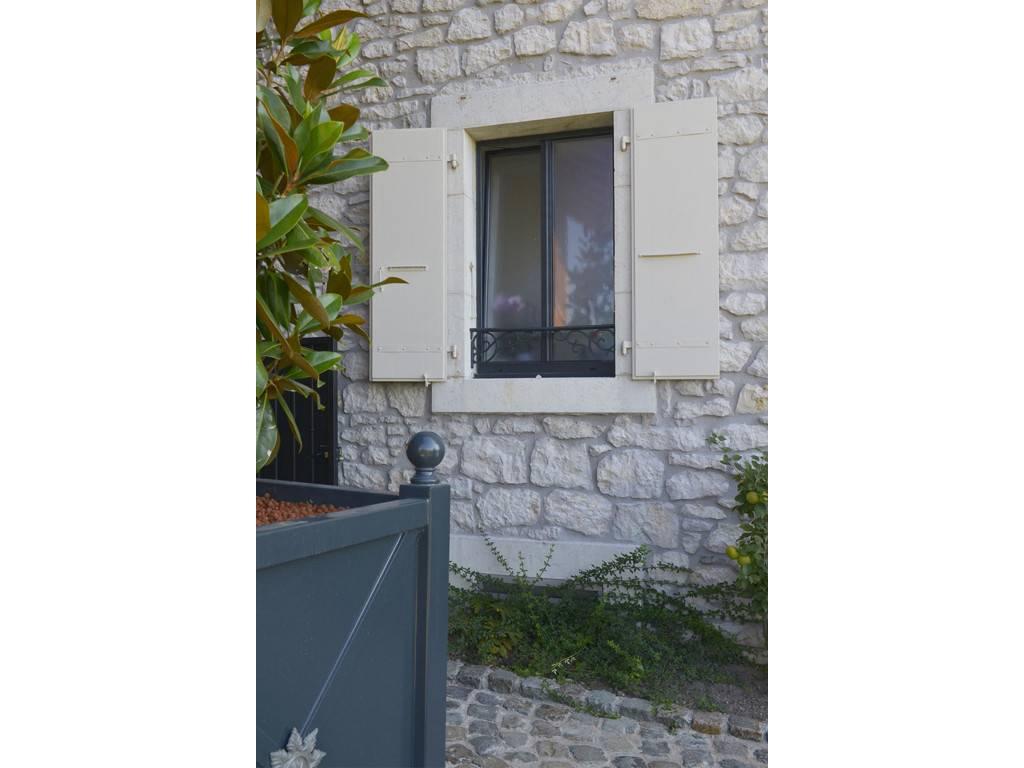 Remplacement De Baie Vitree Et Fenetres Alu Ral 7016 A Divonne Les Bains