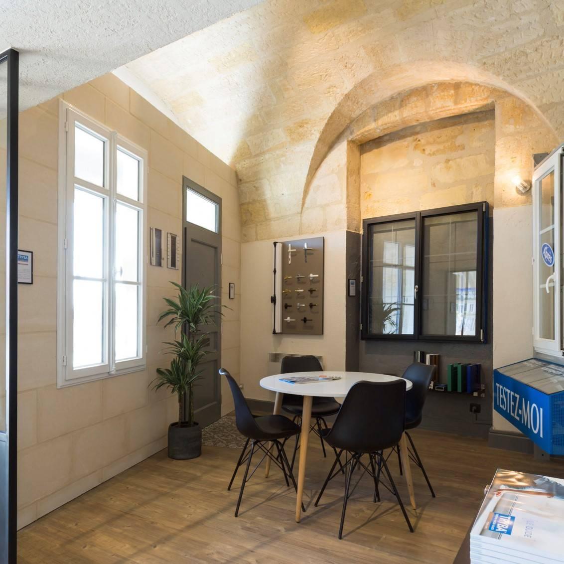 menuiserie bordeaux agr menuiseries. Black Bedroom Furniture Sets. Home Design Ideas