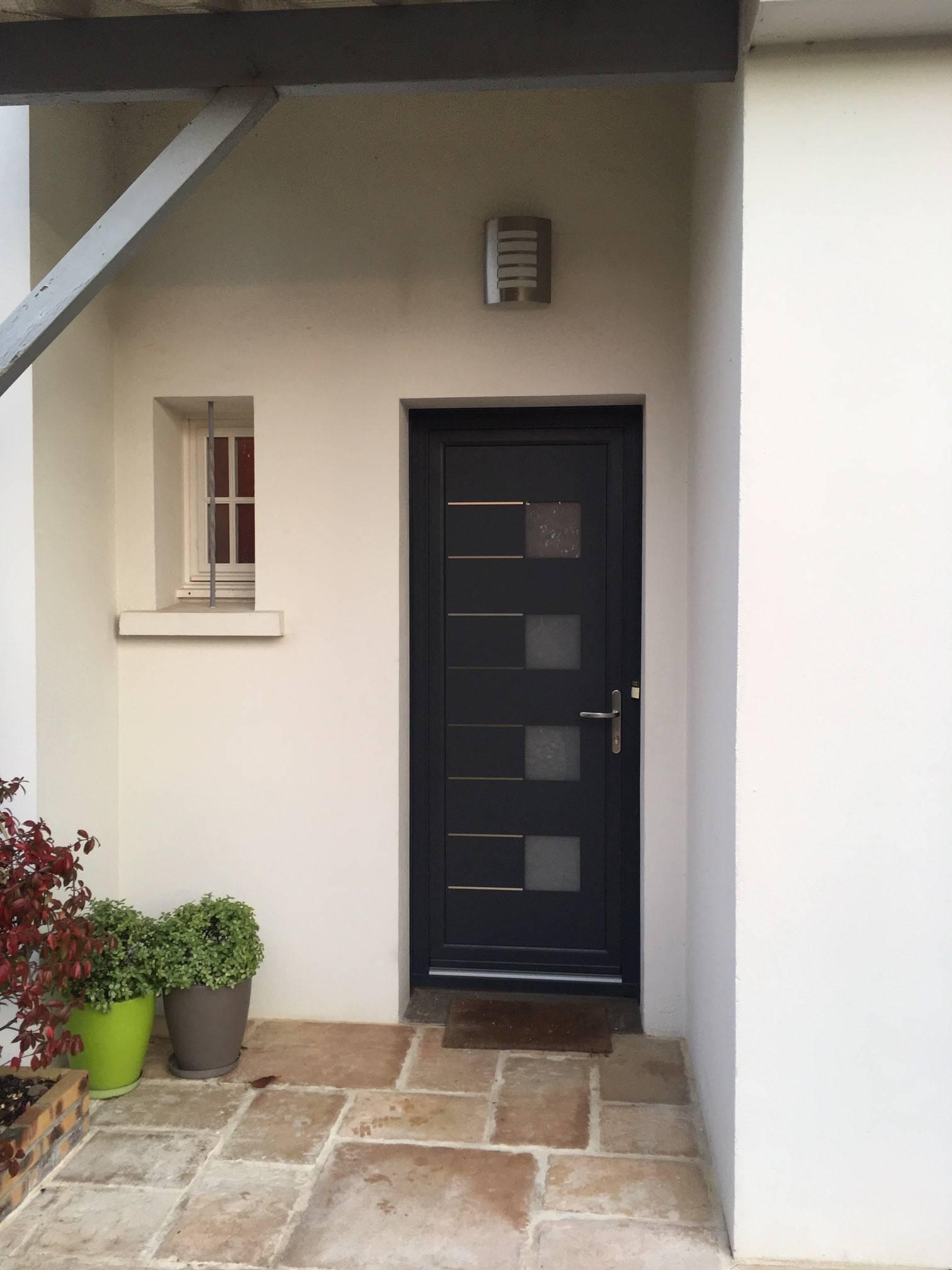 Couleur Porte Interieur Blanc Gris porte d'entrée aluminium bi-couleur : blanc intérieur / gris
