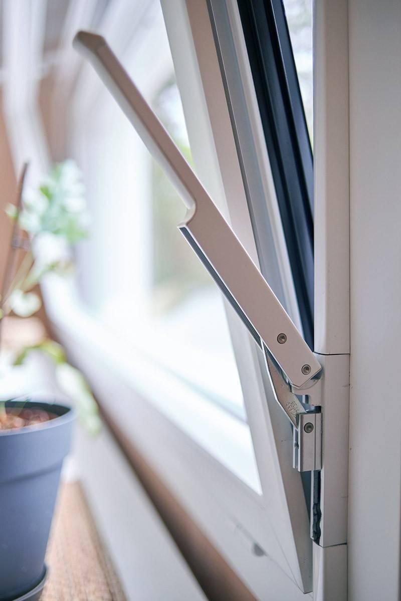 Fenetre Alu Noir Avis la fenêtre ta84oc en aluminium avec tryba