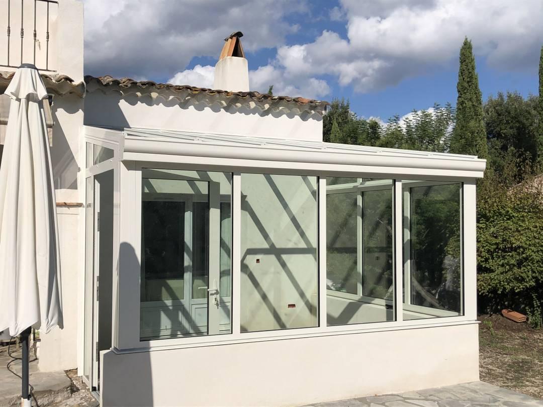 Realisation De Votre Magasin Tryba Gassin Agrandir Son Espace De Vie Avec Une Magnifique Veranda En Aluminium Coloris Blanc