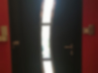 porte-dentree-aluminium-madine-noire-ral-9005-avec-barre-de-tirage-a-cellieu-42-loire-1