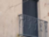 brise-soleil-orientable-une-solution-esthetique-et-tres-efficace-pour-pour-proteger-du-rayonnement-du-soleil-a-lucenay-69-rhone