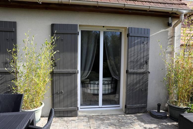 Porte fenetre TA84OC blanc exterieur